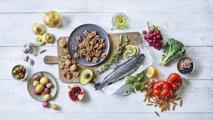 Foods Rich in Marine, Plant-Based Omega-3s, Walnuts Reduce Risk of Death 3 Years After Suffering a Heart Attack